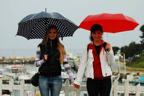 Элени (справа) и Катя (слева) работают гидами по Салоникам уже много лет.