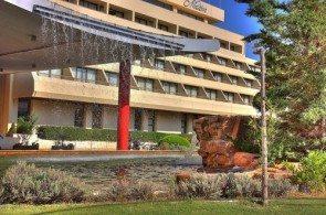 Отели на Халкидиках по части инфраструктуры дают хорошую фору апартаментам