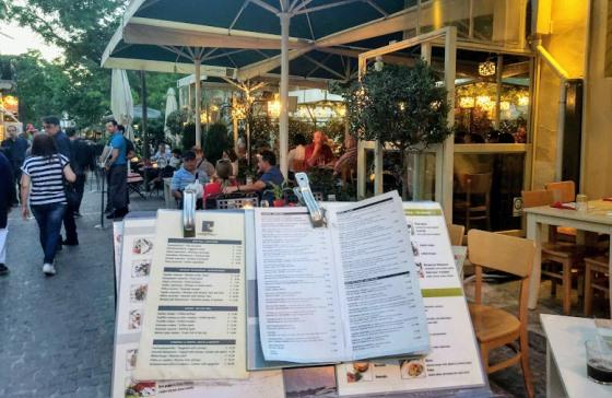 По европейским меркам цены на еду в Греции не кусаются.