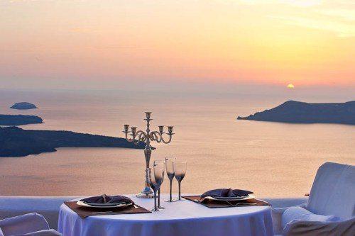 Dreams Luxury Suites является одним из самых романтичных отелей Санторини