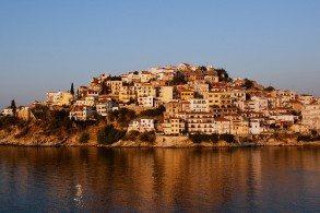 Кавала - второй по величине город и порт в Македонии основан в VI в. до н.э