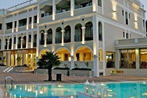 Каждый номер отеля Корфу Маре Бутик оформлен в индивидуальном тематическом стиле