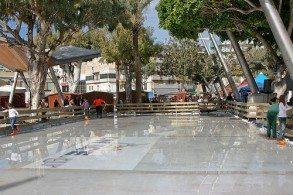 Крит зимой популярен и у поклонники зимнего вида спорта, а в столице даже при + 20C работает ледовый каток