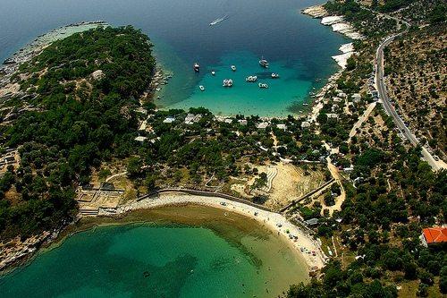 Райские пляжи острова Тасос радуют туристов из года в год