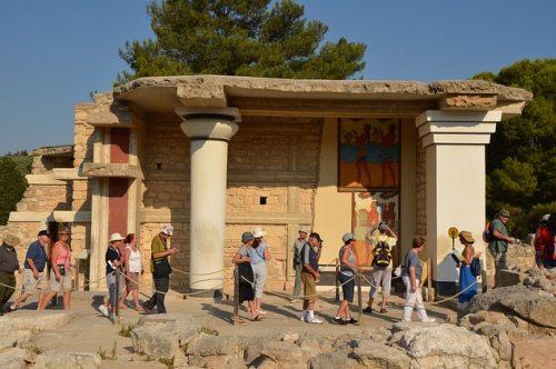 Зал царской семьи Кносского дворца на Крите