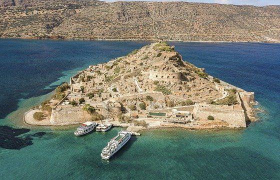 Остров Спиналонга на Крите