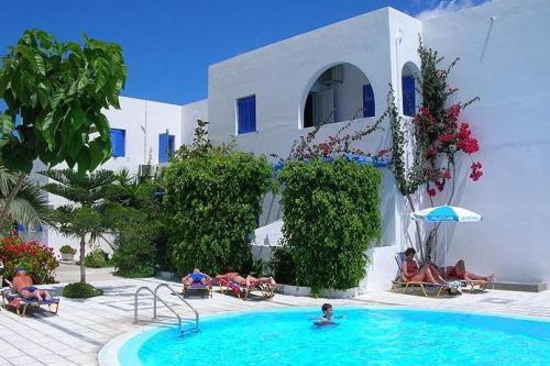 Лучшие трехзвездочные отели Санторини