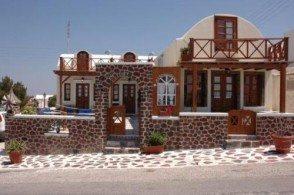 Отель Merovigliosso - это традиционное греческое гостеприимство, хорошая мебель и отличное расположение