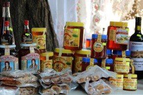 Делать покупки на Кипре предпочтительнее в крупных сетевых супермаркетах – там цены на продукты значительно ниже, чем в небольших магазинчиках