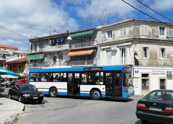 Автобус из аэропорта Корфу
