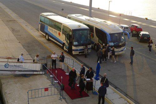 Автобусы из аэропорта Корфу до города, фото, Греция