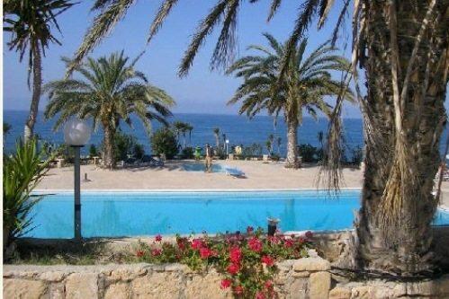 Отель Пафоса Vrachia Beach