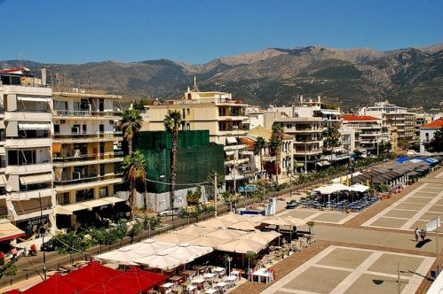 Вилла на берегу в греции