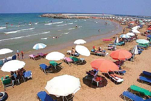 Пляжи Гувеса