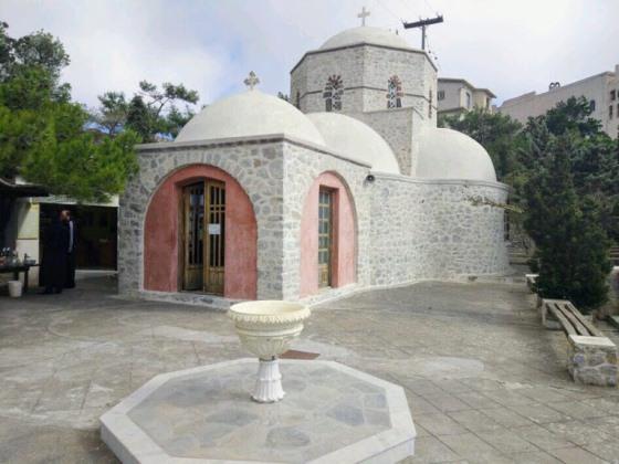 Монастырь Ильи Пророка на Санторини
