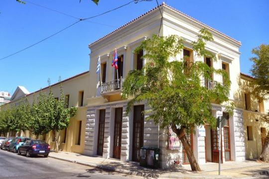Экспозиция музея размещается в элегантном здании начала XIX века