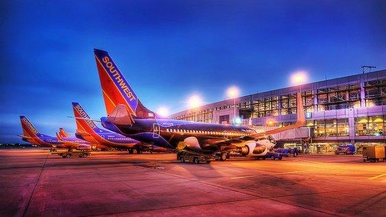 Southwest airlines - крупнейшая бюджетная авиакомпания в США