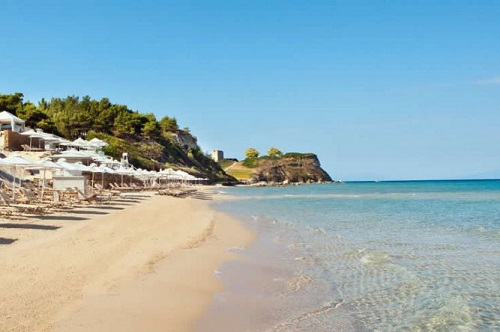 На пляжах Сани все продумано до мелочей