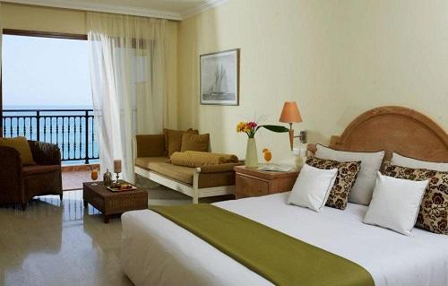 Atlantica Imperial – отель только для взрослых