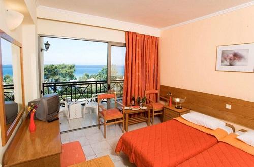 Отель Solemar очень удобно расположен. Отсюда рукой подать до основных достопримечательностей Родоса