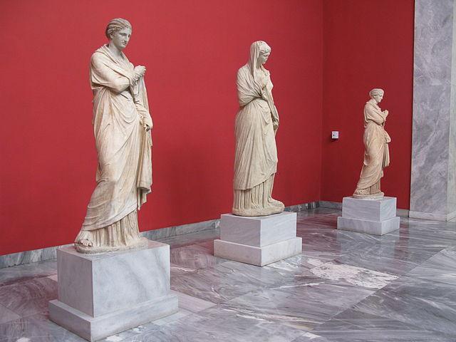 Постоянная экспозиция Национального археологического музея насчитывает более 20 тыс. экспонатов