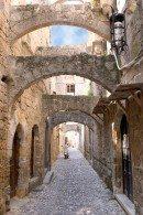 Улочки Старого Родоса придают городу особый колорит