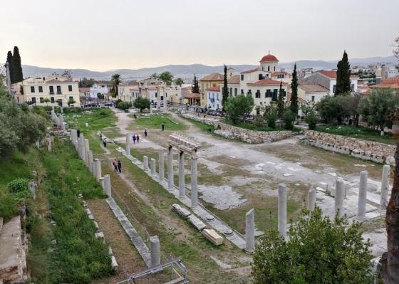Май в Греции