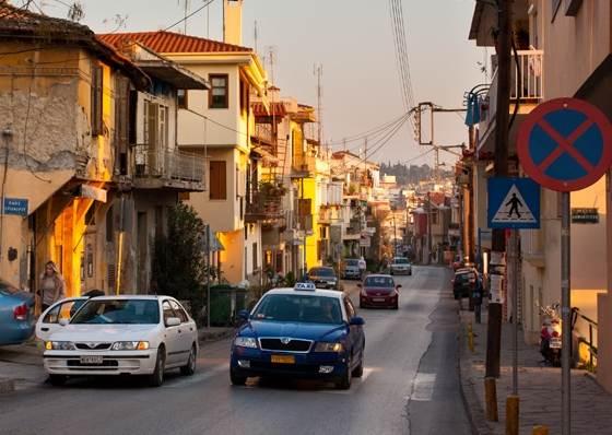 Такси в Салониках