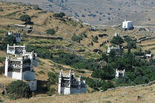 Остров Тинос в Греции: оригинальные голубятни в венецианском стиле