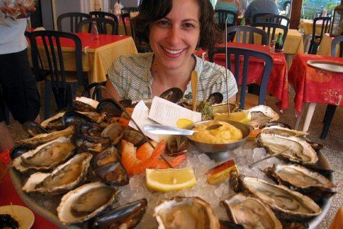 Мезе - то, что обязательно нужно попробовать на Кипре из еды