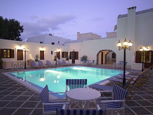 Отель на Санторини для экскурсии на 2 дня