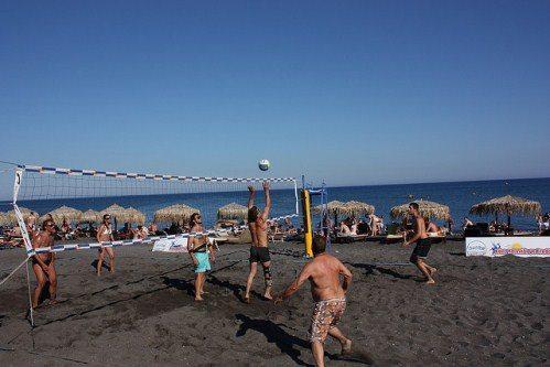 Пляж Периволос на Санторини
