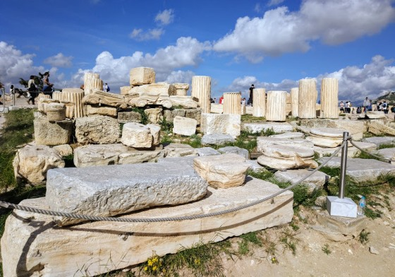 Руины на Акрополе