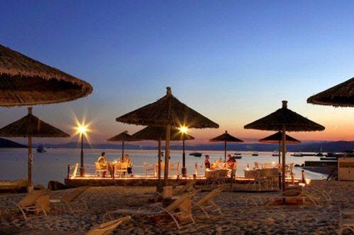 Пляжи и отели Уранополиса