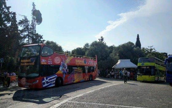 Экскурсионный автобус в Афинах